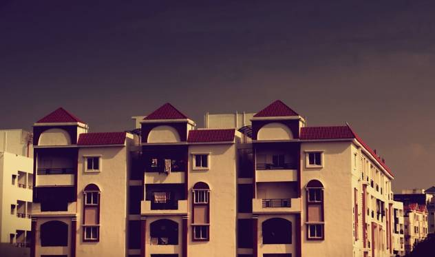 Czy ceny mieszkań spadają
